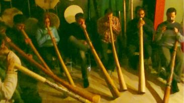 Taller de didgeridoo impartido por Leticia Alejos en noviembre de 2016